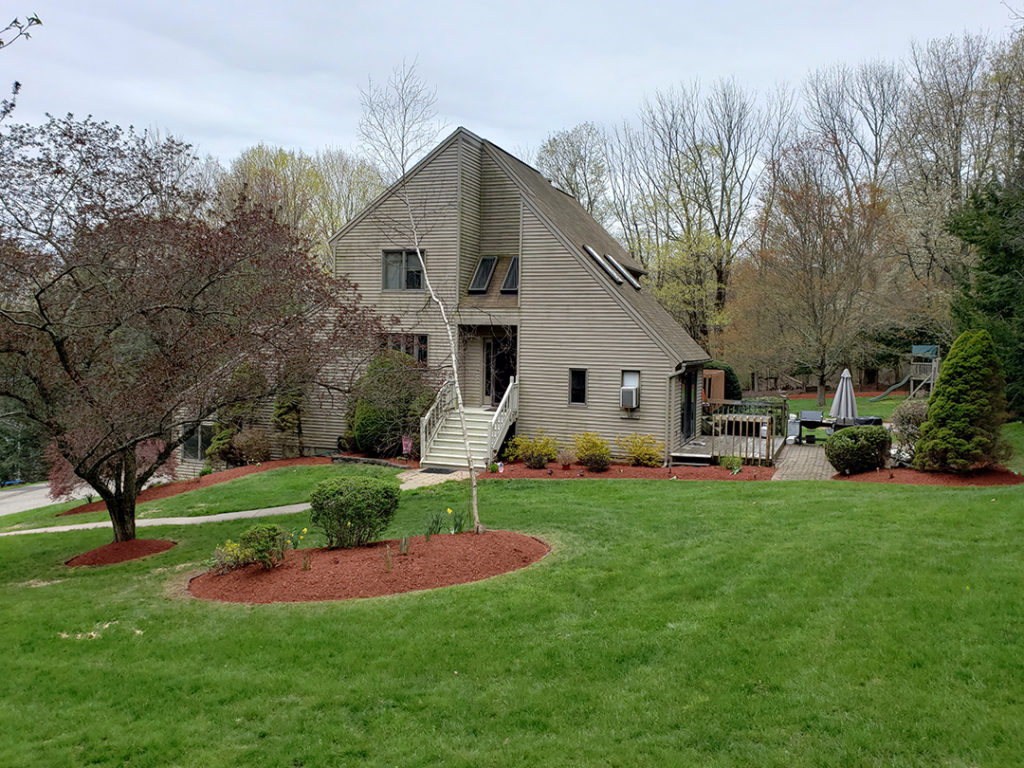 Lanscaping lawn care CT